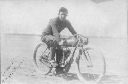 Tko je izumio prvi motocikl? 7tVgL_34bi1